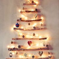 Driftwood tree. Photo from: http://www.apartmenttherapy.com/15-alternative-christmas-trees-181603
