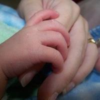 mandmommyhands_8rqj.jpg