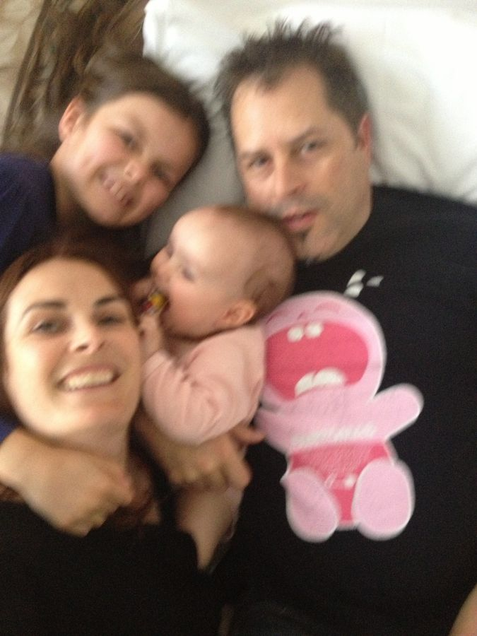 happy blurry family.jpg