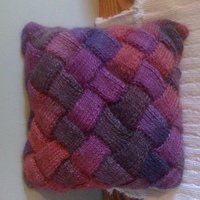 My first entrelac (pillow cover)