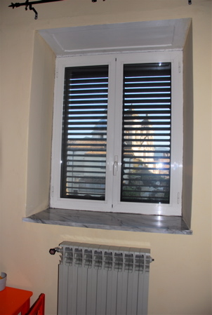 window without curtains.jpg