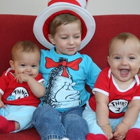 cat in the hat with thing 1 and thing 2.jpg