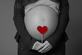 rotated-pregnant-heart-stomach-900x300.jpg