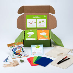 Monthly Craft Kit from Kiwi Crate