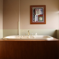 the gorgeous birthing tub