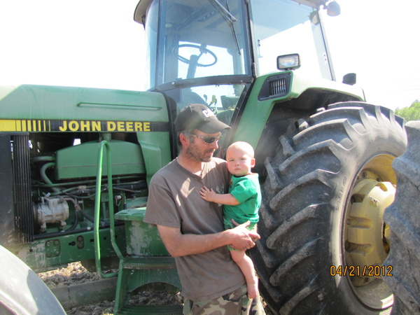 Helping my daddy farm !