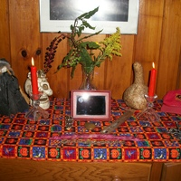 Samhain altar 2012.JPG